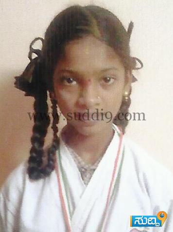 27mood Prathika