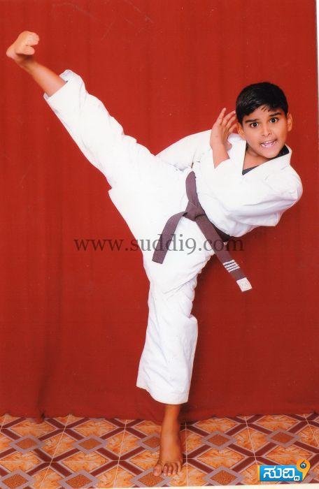 Karate champion (1)