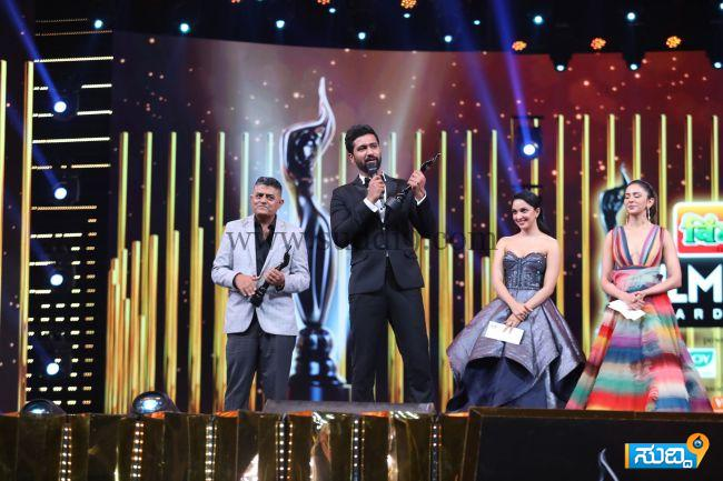 Best Actor In A Supporting Role Male - Vicky Kaushal - Sanju